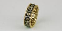 Medieval ring met bruine roos diamanten in 18k goud en zilver.