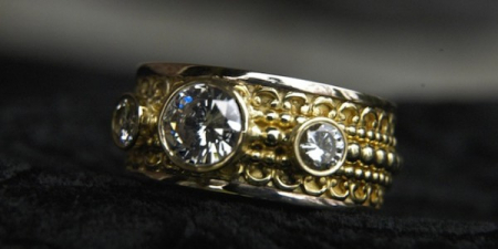Recycle ring, make a new ring with old jewelry.