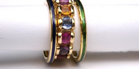 Flower ring with slide rings. Sapphires, enamel and 18k gold.